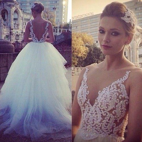 Beautiful!! I want this dress so bad!