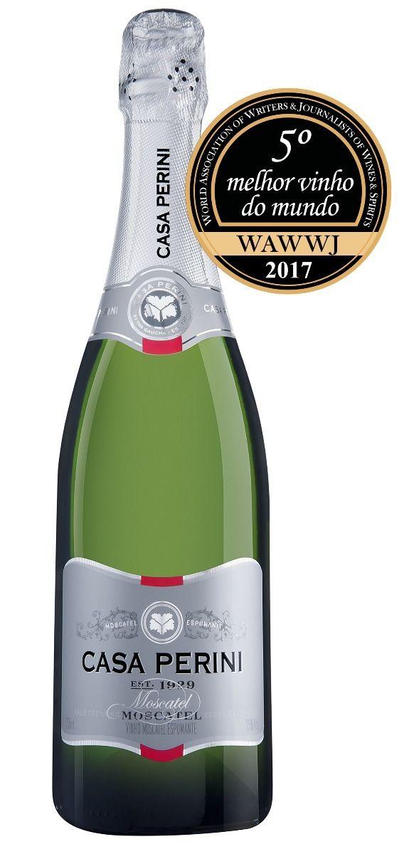 O mercado de vinhos brasileiro está em festa! Na última semana, o espumante brasileiro Casa Perini Moscatel foi eleito, pelo World Ranking of Wines and Spirits (WRWS), o quinto melhor vinho do mundo do ano de 2017, além de conquistar o primeiro lugar na categoria de Espumantes.