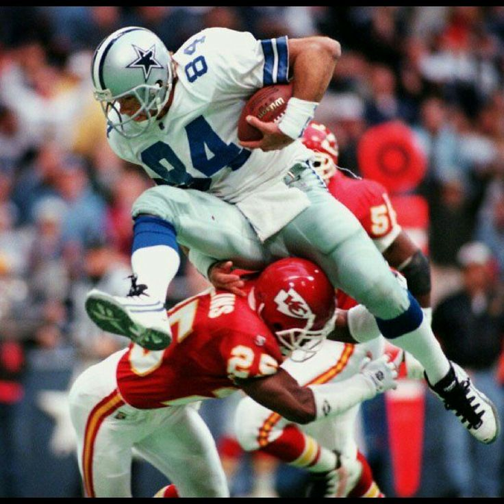 "Jay Novacek...""Tight End"". Novacek is a 3x Super Bowl Champion. He is also a 5x Pro Bowler. After 5 seasons with the Cardinals he signed with the Dallas Cowboys. Novacek retired from football in 1997. In 2008 he was inducted into the College Football Hall"