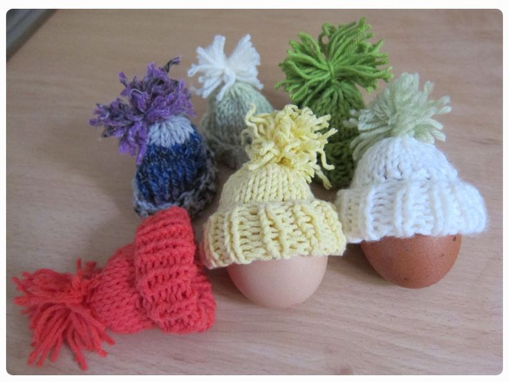 Easter Egg Cosy Knitting Pattern : 1000+ images about Fund raising on Pinterest Ferrero rocher, Hats and Bobby...