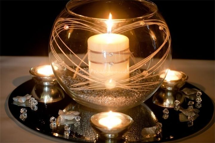 fish bowl with large candle centre piece_4_89826.jpg 720×480 pixels