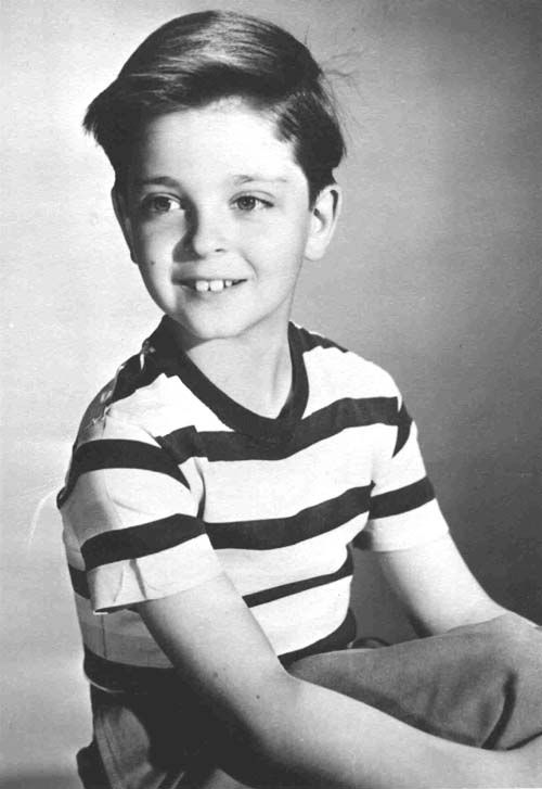 "Thomas Noel ""Tommy"" Rettig (December 10, 1941 – February 15, 1996) was an American child actor, computer software engineer, and author. Rettig is best remembered for portraying the character ""Jeff Miller"" in the Lassie television series, from 1954–1957. (Lassie, Never Too Young)"