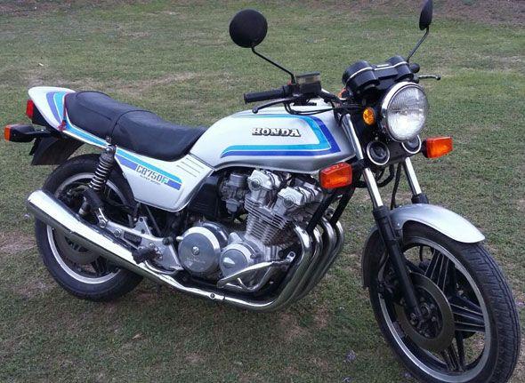 Moto Honda CB 750 F