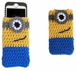 Despicable Me Minion iPhone Cozy - Free Crochet Pattern