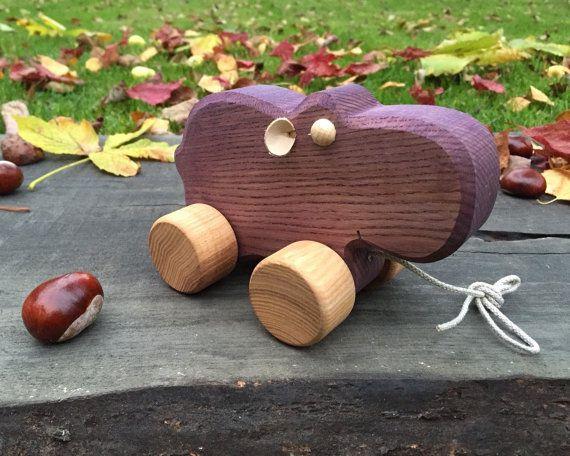 Gros hippopotame de jouets en bois jouet à tirer par WoodenFrogLV