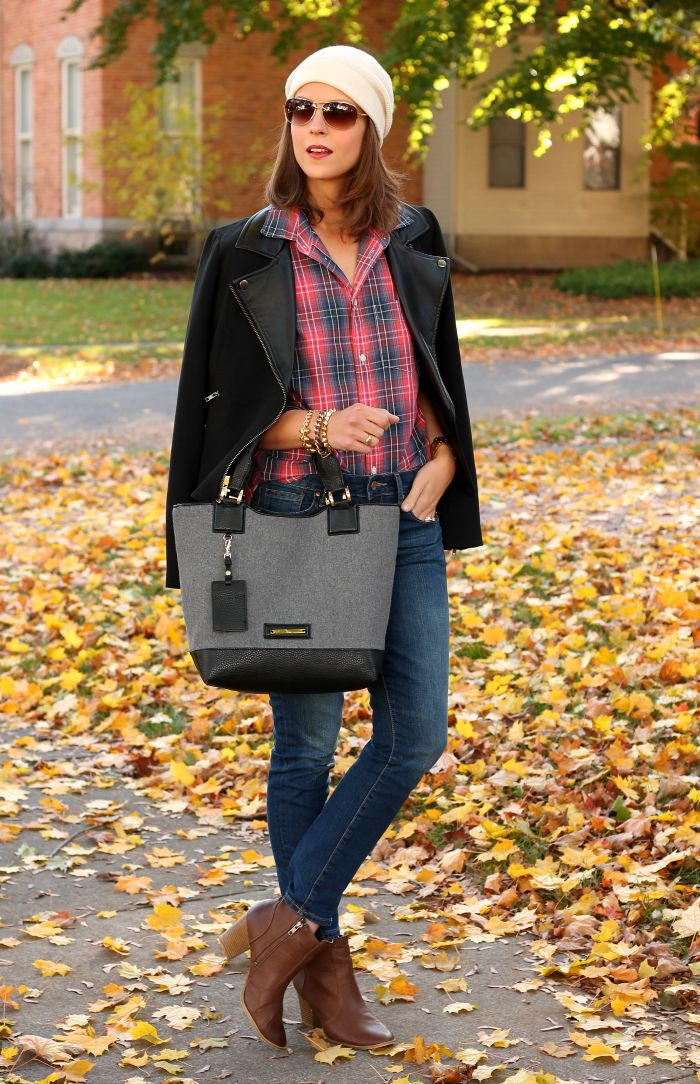 A Gap shirt and denim as featured on the blog @PPF Girl.