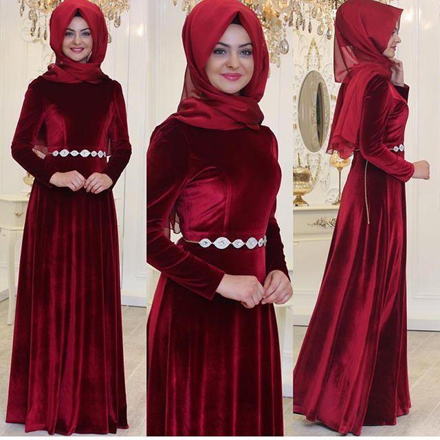 KADİFE ELBİSE FİyATI 255₺ PINAR ŞEMS 36-38-40-42 www.modazuhal.com . Bilgi ve Sipariş için0554 596 30 32 Kapıda ödeme İade ve Değişim garantisi Dünyanın heryerine kargo #butikzuhall #tesettur #elbise #tasarım #minelaşk #tasarımabiye #tunik #hijab #hijaber #hijabers #hijabi #hijabfashion #indirim #moda #tesettür #tesettürkombin #mezuniyet #indirim #kadın #nişan #söz #kap #trends #tesettürstil #kıyafet #özeltasarım #abiye #pinarsems #ferace #düğün #likeforlike