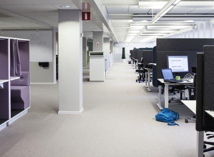 100 arbetsplatser