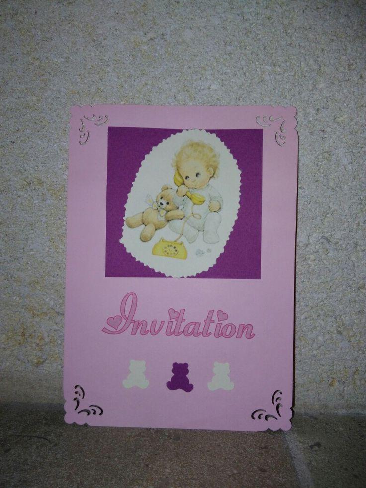 #anniversaire #birthday #invitation Matériel : Carte 13x18 rose, papier canson couleurs vives, perforatrice ourson, perforatrice coin ; le clipart a été téléchargé sur Internet (Gloubiweb)