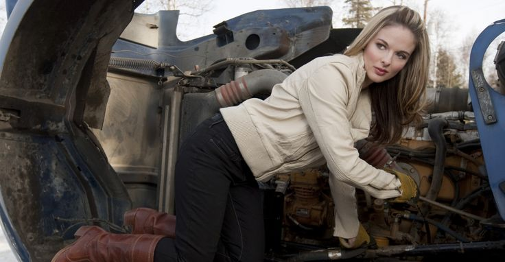 Lisa Ice Road Truckers Accident | ice road truckers, lisa kelly