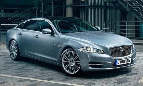 #Jaguar #XJ.  La XJ est une combinaison entre puissance, beauté et raffinement.