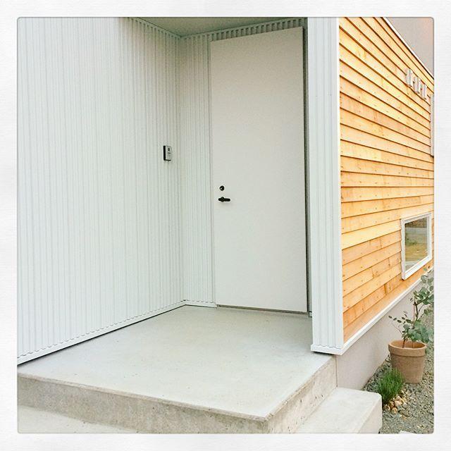 スペイリー 玄関ドア サンワカンパニー 玄関ドア 玄関扉 ドア
