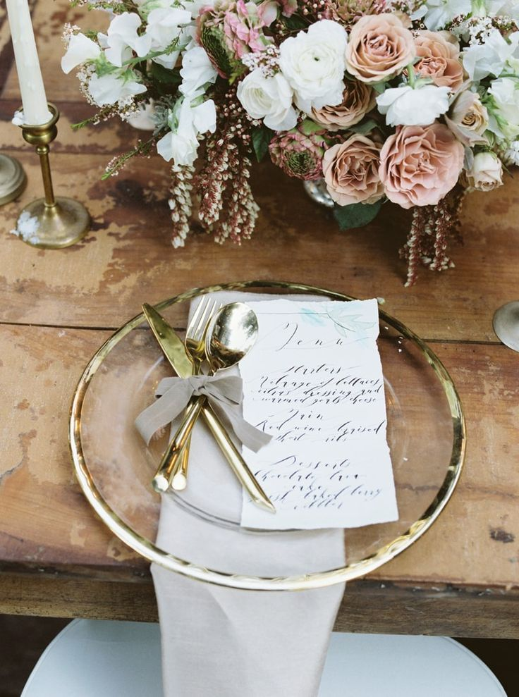 tablescape from treehouse wedding inspiration in Northern, California http://www.trendybride.net/treehouse-wedding-inspiration/