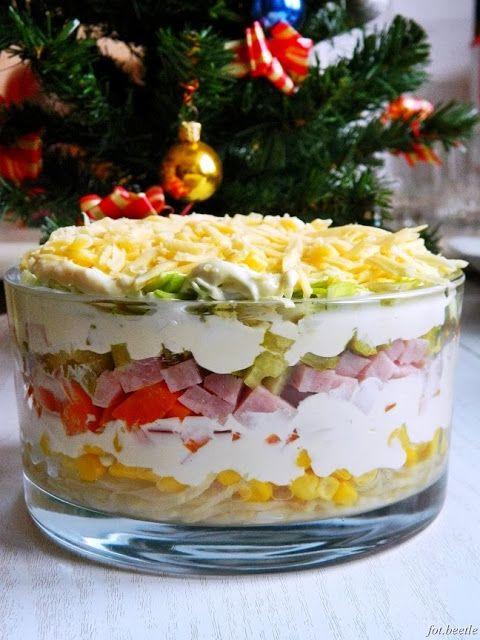 Apetyt i Smak: Kolorowa sałatka warstwowa