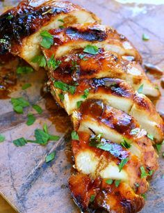 Eszméletlen omlós és finom lesz a hús ezzel az egyszerű, de remek ötlettel.Grillezéshez és tepsis módszerhez egyaránt szuper eredmény!