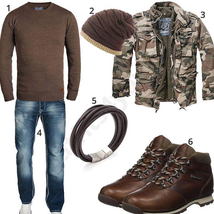 Herrenoutfit mit braunem Pullover, Mütze und Boots – Natron Curtis