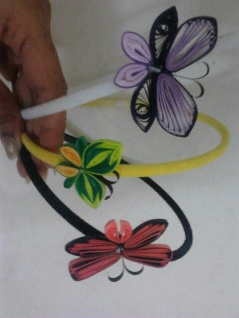 17 best images about hair clips on pinterest girls hair for Big quilling designs