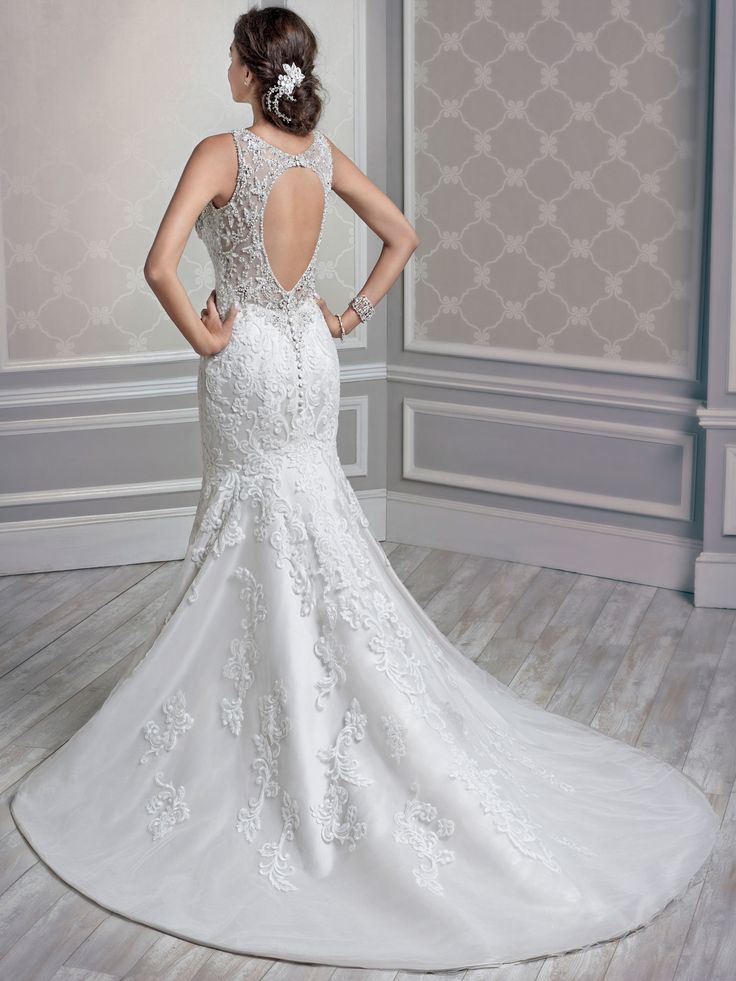 Style 1612 bridal gowns wedding dresses kenneth for Private label wedding dresses