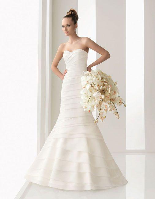 Strapless sheath / column organza bridal gown