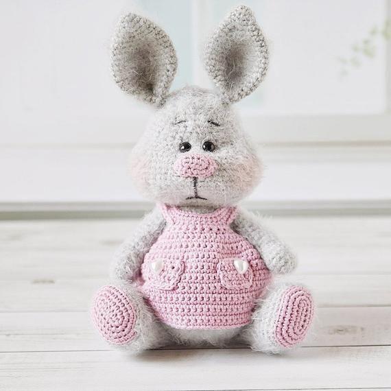 Velvet Bunny Amigurumi Free Crochet Pattern - Crochet For You | 570x570
