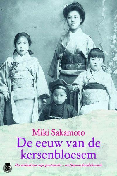 Heel mooi boek Hilly, dankjewel voor het cadeau! Moest er echt inkomen, maar wat een geweldige reis is het door de enorme veranderingen die Japan en zijn inwoners meemaakten in de beschreven eeuw. Prachtig eerbetoon van haar kleindochter aan de hoofdfiguur, haar grootmoeder Nao.