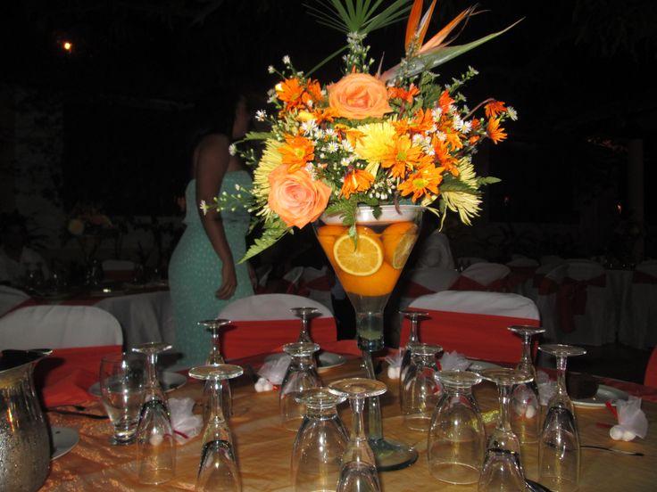 centros de mesa con naranjas