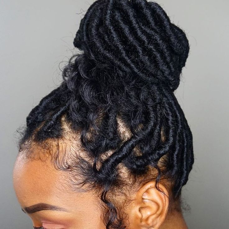 "2,149 Likes, 25 Comments - La'Brea Rashad (@fabulousbre) on Instagram: ""S/O to @naturallydarnesha For the faux locs! super excited about these lol gonna try and keep them…"""