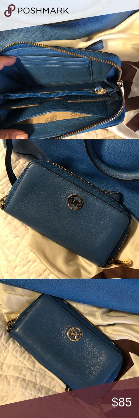 Michael KORS blue wristlet Soft leather wallet wristlet. In great condition!! Michael Kors Bags Clutches & Wristlets