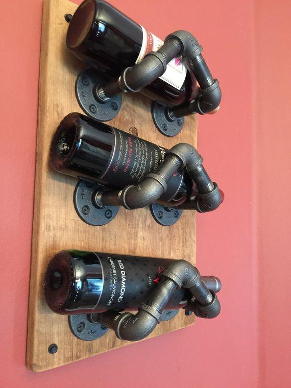 Industrial tubo estante del vino por CaseConcepts2000 en Etsy