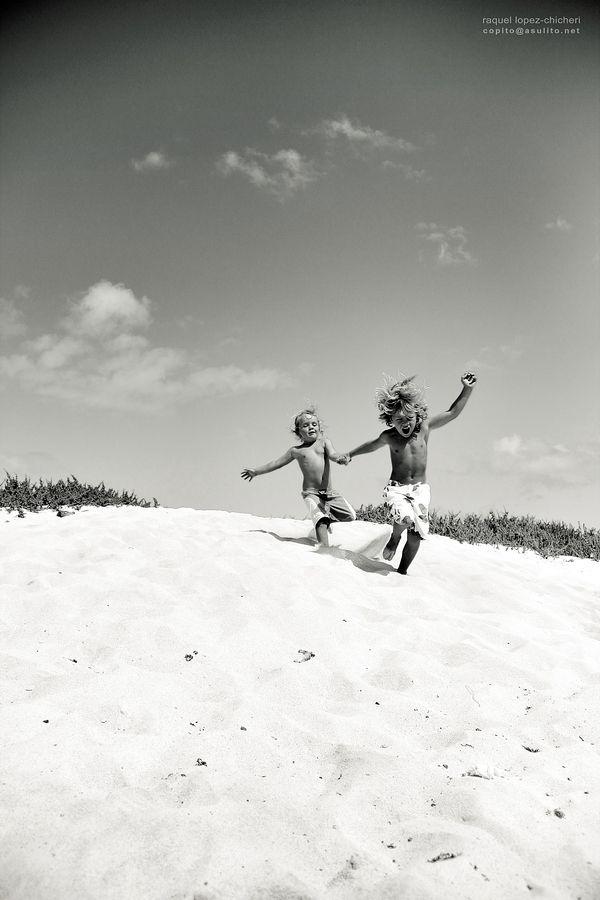 """500px / Photo """"***"""" by raquel lopez-chicheri  Photography, b, kids, children, beach, fun,"""