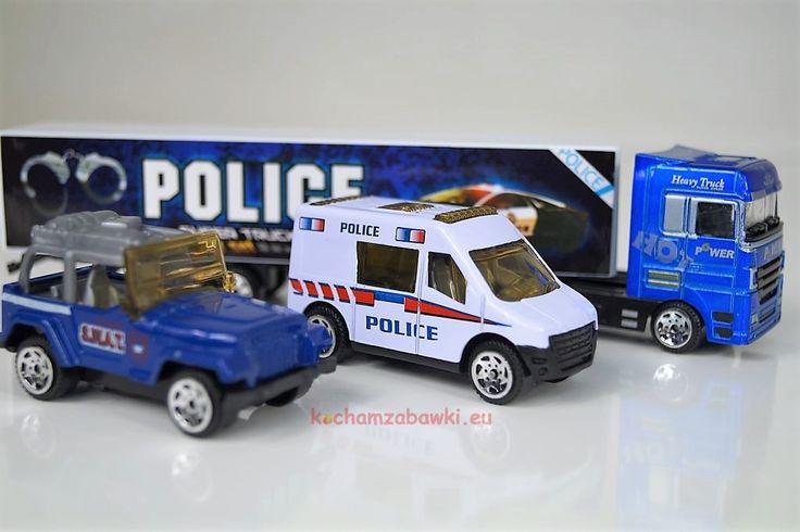 Resoraki policyjne samochody trzypak w sklepie kochamzabawki.eu to idealny prezent pod choinkę dla chłopca. Samochody policyjne tir,bus,pojazd terenowy.