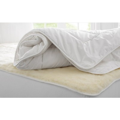 Deluxe Wool Quilt by Sheridan