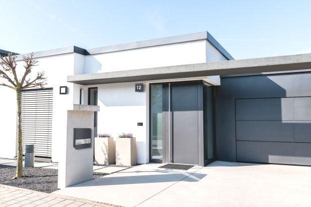 Stylisch Und Modern Briefkasten In Anthrazit Stylisch Modern Modern Architectural Styles Commercial And Office Architecture Modern Architecture