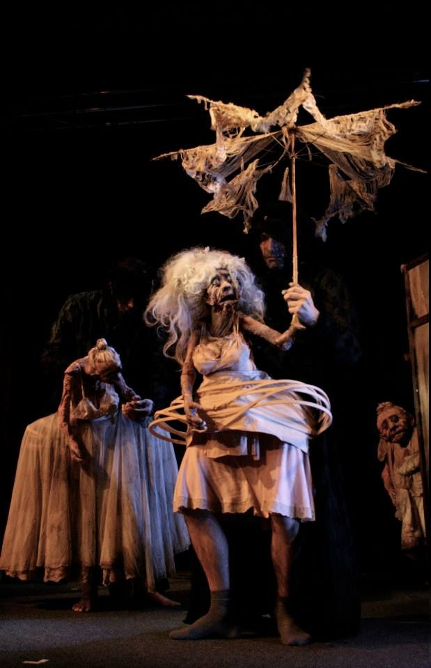 Workshop Natacha Belova puppets, masks & costumes