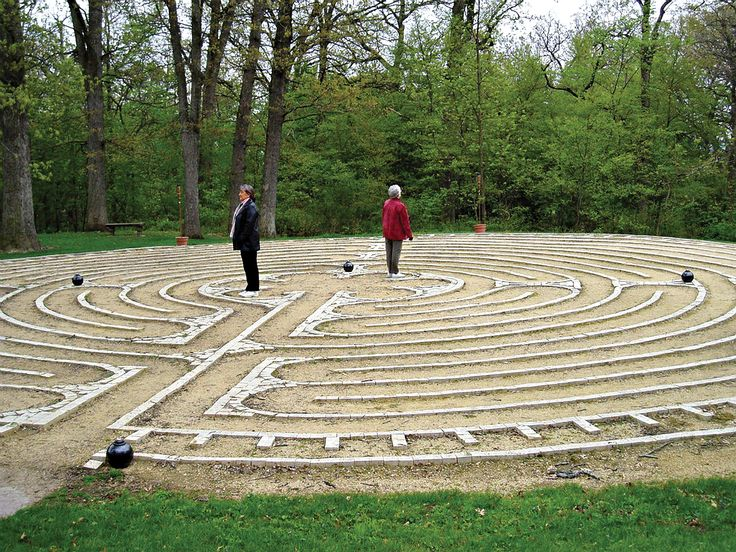 Labyrinth Designs Garden garden art that shows your personality 16 Labyrinths Worth Exploring