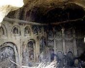 Mahkeme Ağacin Köyü ve Mağara Kilisesi