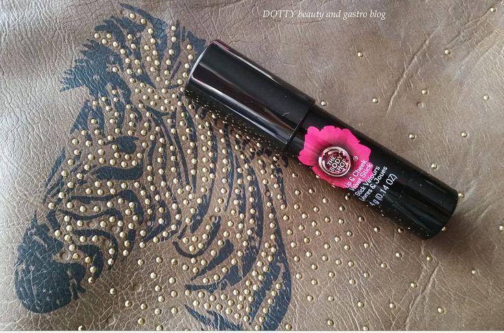 The Body Shop Lip&Cheek Velvet Stick 50 Universal Színváltós kence, ami rúzs és pirosító is egyben- ilyen van??