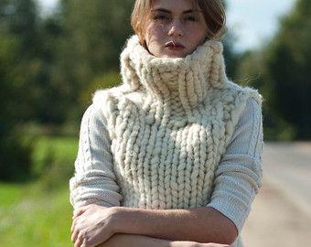 Chunky Knit. Chunky Pullover mit Herz. von MoroshkaByVingil