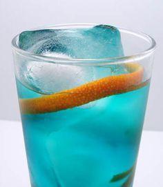 Blue Lagoon: 1 oz Vodka, 1/2 oz Blue Curacao and 3oz lemonade, garnish with orange slice