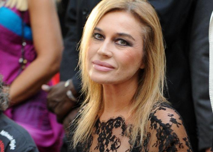 """MILANO Lory Del Santo, si racconta nel salotto del programma """"Domenica Live"""", condotto dalla conduttrice Barbara D'Urso. Lory Del Santo ripercorre la"""