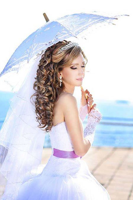 20 long curly wedding hairstyles 2018 Madame hairstyles June 15, 2018 20 long curly wedding hairstyles 2018 Curly and curly hair is the most preferred hairstyles Among brides, soft and curly locks are