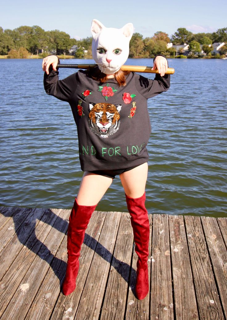 DIY Taylor Swift Look What You Made Me Do Cat Mask Halloween Costume via Charleston Crafted