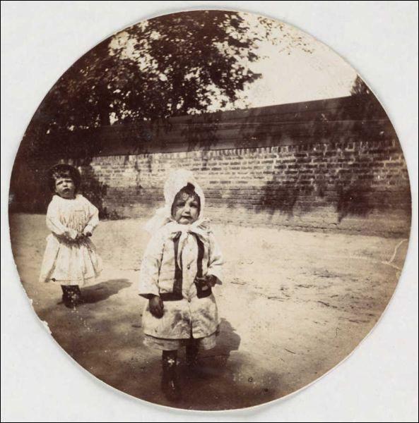 Kodak Sad Girls, 1880-1890