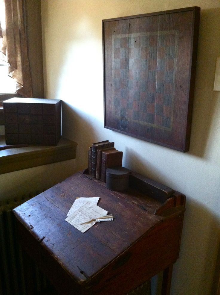 91 best images about Old books, Old desks, candles on Pinterest : Old desks, Antique books and Book