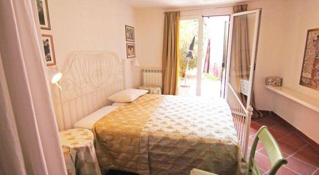 Holiday home Clematis Pozzolengo - 2 Sterne #VacationHomes - EUR 64 - #Hotels #Italien #PeschieraDelGarda http://www.justigo.com.de/hotels/italy/peschiera-del-garda/clematis-holiday-house_176923.html