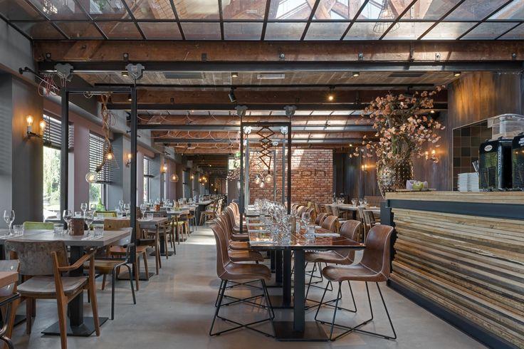 Bar Bistro Joseph Aan De Poel in Aalsmeer is sinds deze zomer de nieuwste locatie van Bar Bistro Joseph. Het restaurant en de keuken volgen de Franse traditie maar ook Aziatische invloeden. Het interieur is ontworpen door @estida  en wij verzorgden de #fotografie! http://www.tranquilo.nl/fotografie/
