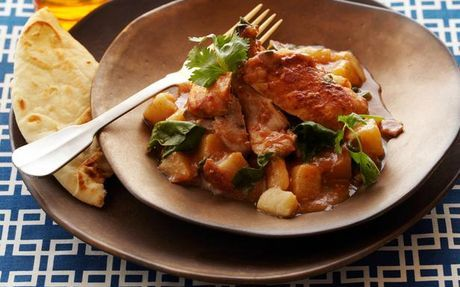 Try Slow Cooker Chicken Curry at Fine Living EMEA