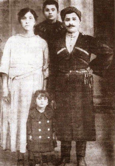 Santeos: Η καπετάνισσα Αναστασία Ανθοπούλου