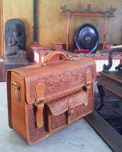 JV009 Premium  Bag with full Carved Leather  - IDR 750.000