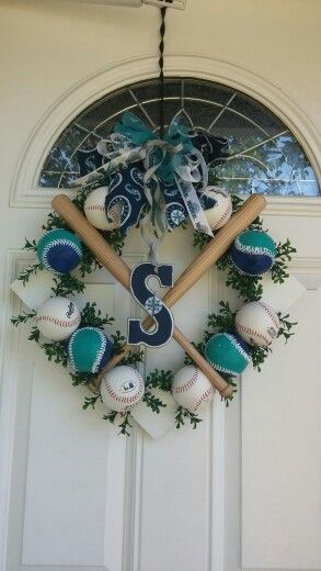 Seattle Mariners diamond wreath